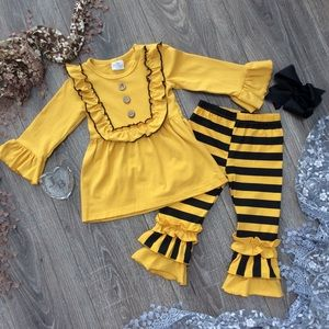 Boutique Girls 3pc Ruffle Outfit